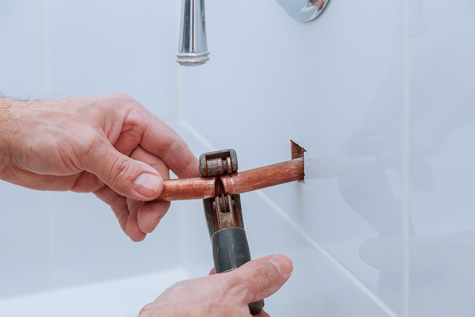 copper pipe being fixed bathroom gas fast